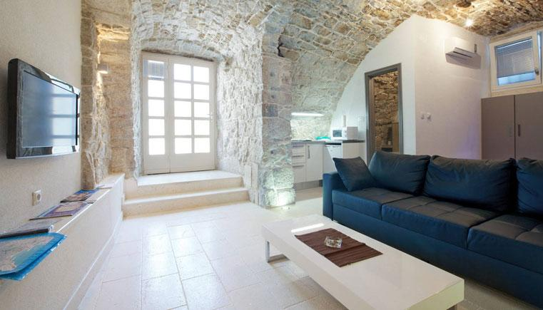 13 Adorable Airbnb Apartments In Split For Under 163 60 Per Night